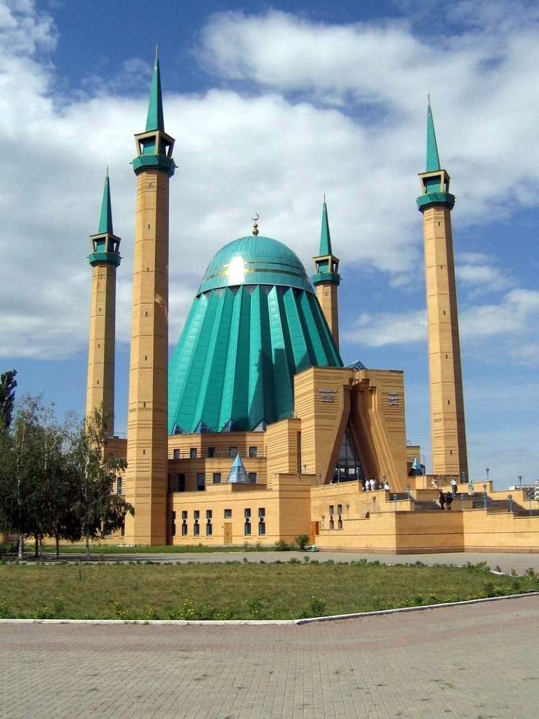 kazakhstan-mosque-5.jpg